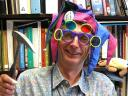 Dr Ed Medley in Motley hat June 2009 (Photo by J. Waeber)